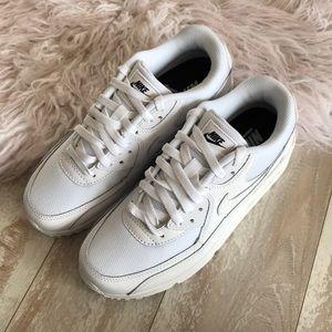 Nike Shoes - NWT Nike ID Custom Air Max Triple White